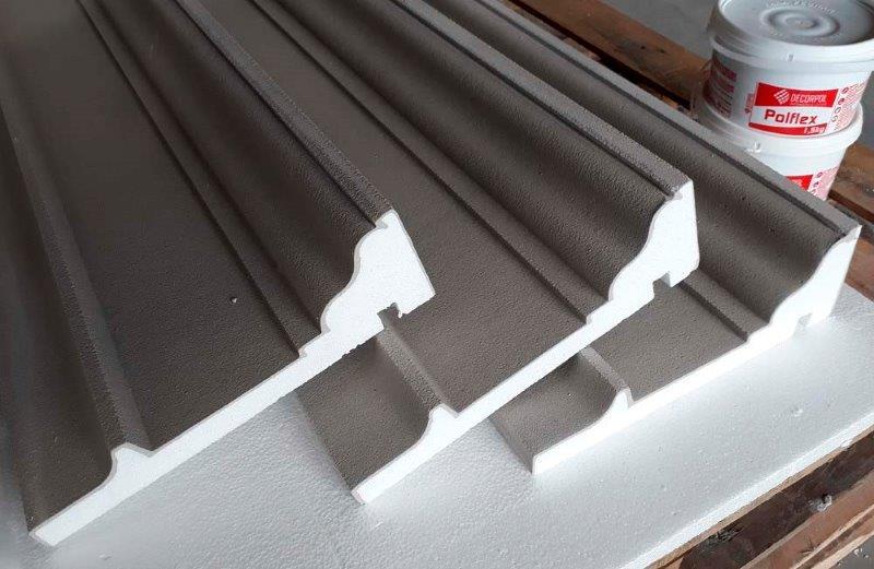 Molduras de cimento para fachadas